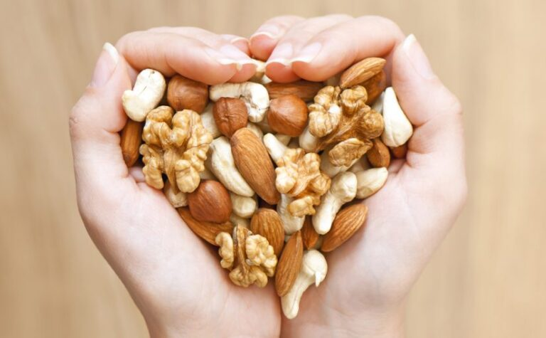 What is the best snack to eat before a workout?